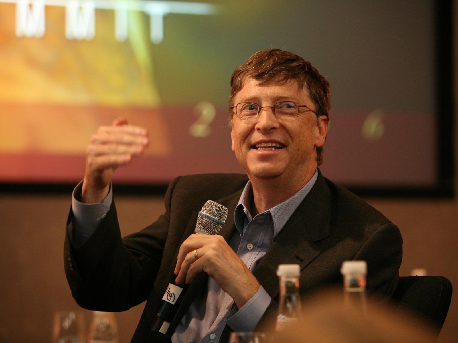 Bill Gates 40 il öncəki gənc Billə nə tövsiyə edərdi? - Bizplus.az